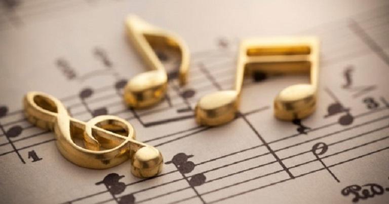 Nhạc nền phù hợp sẽ làm cho đám cưới bãi biển của bạn lãng mạn hơn rất nhiều