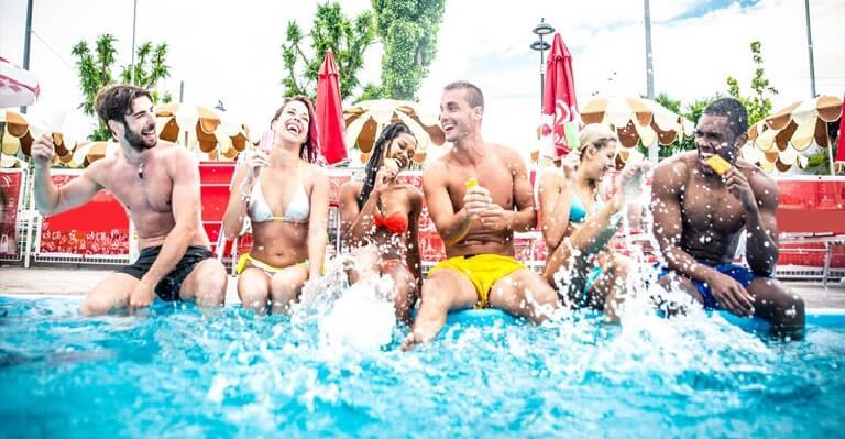 Pool party dần trở thành loại hình tổ chức tiệc được ưa chuộng nhiều hiện nay
