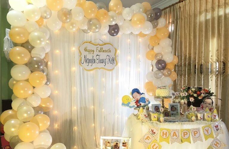 Tiệc đầy tháng có ý nghĩa vô cùng quan trọng đối với em bé khi mới chào đời