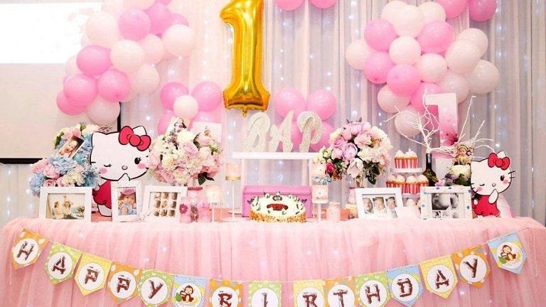 Tiệc thôi nôi là bữa tiệc sinh nhật đầu đời ý nghĩa nhất của bé