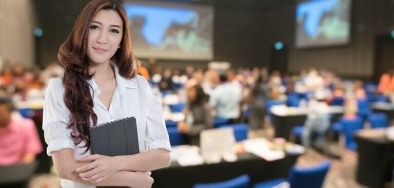 Tổ chức sự kiện học ngành gì?