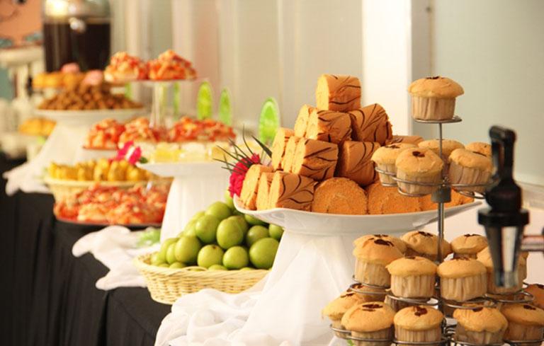 Gợi ý 4 cách tổ chức buffet ngọt đơn giản, đẹp mắt