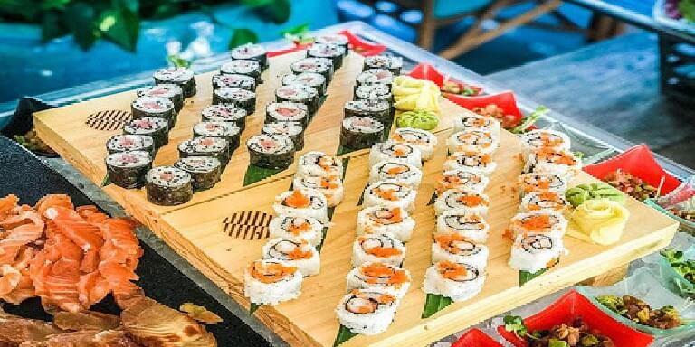 Các món ăn xuất hiện trong danh sách thực đơn cho buổi tiệc buffet vừa đa dạng vừa dễ ăn