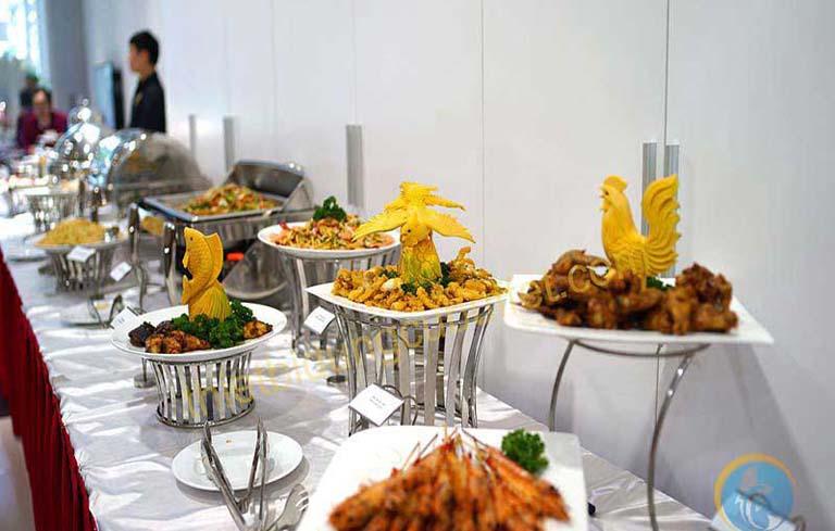 Lên kế hoạch cho bữa tiệc buffet cuối năm