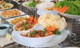 Tiệc buffet chay: ưu điểm, thực đơn cụ thể và địa điểm đặt tiệc uy tín