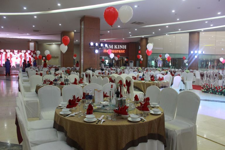 Khách sạn Lam Kinh là một địa chỉ tổ chức tiệc cưới được rất nhiều cặp đôi lựa chọn