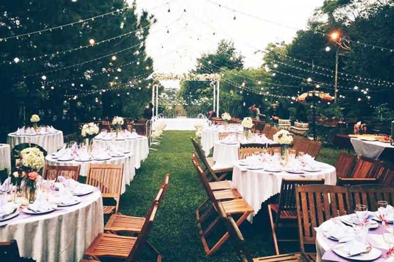 Lựa chọn địa điểm tổ chức tiệc cưới ngoài trời phù hợp